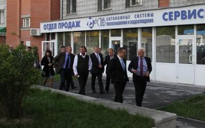 Авторизованный сервисный центр «АСТиВ» принимает представителей концерна Grundfos, Новосибирск, 2013 год